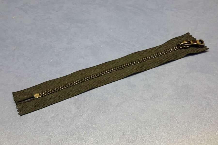 Молния металл неразъемная, оксид, шлифовка, черный цвет, 18 см.