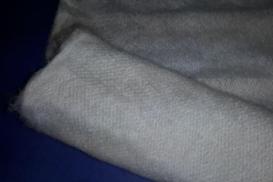Белый утеплитель шерстяной (паутинка)