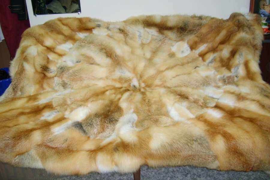 Покрывало из лисы