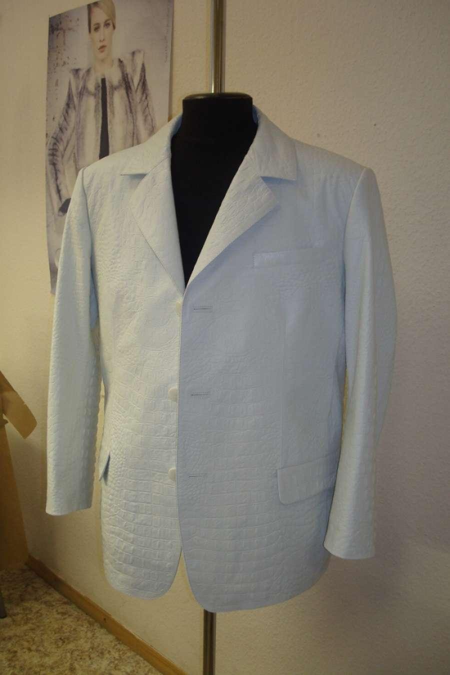Пиджак мужской из кожи