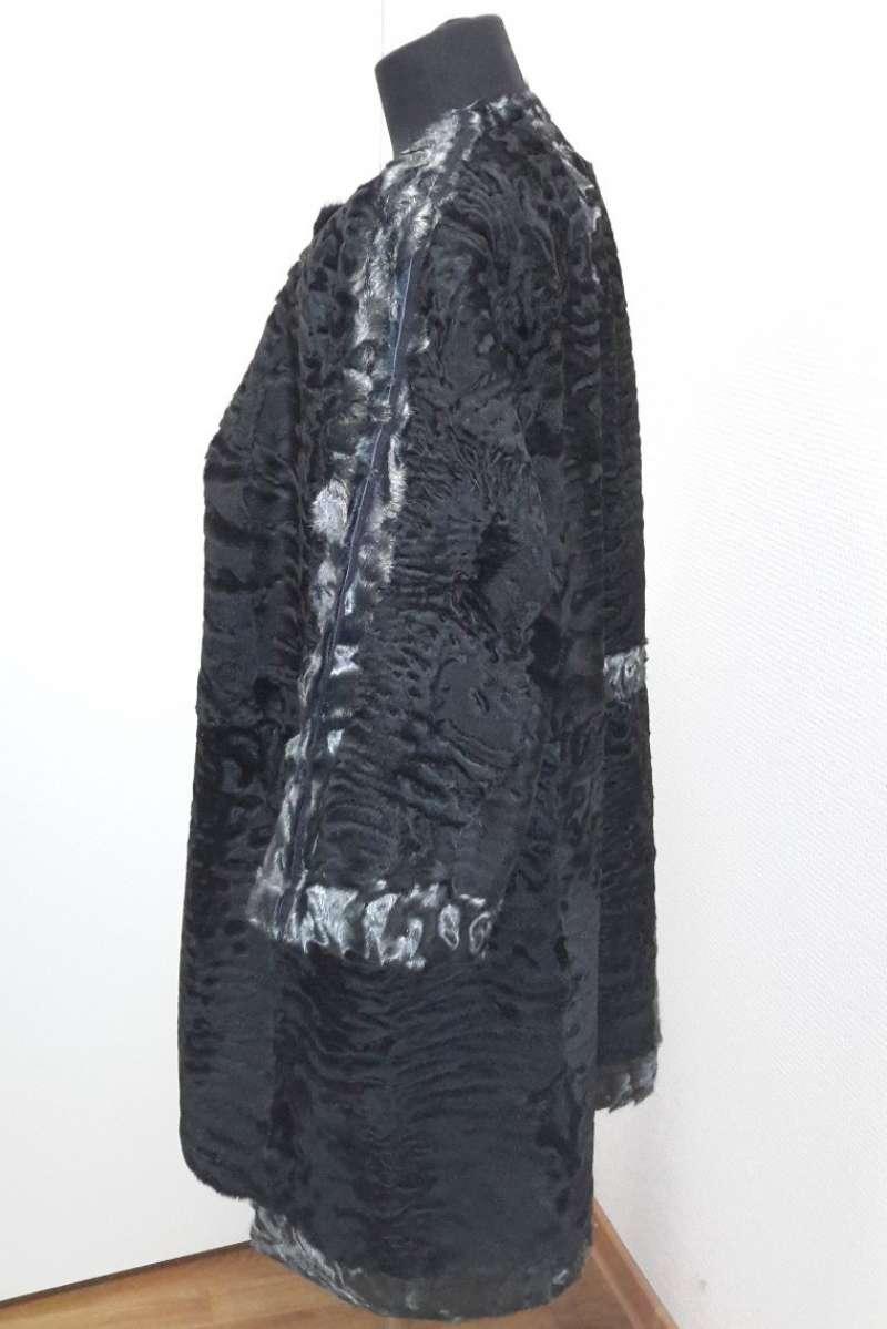 Пальто из каракуля (отделка металлизированный каракуль)