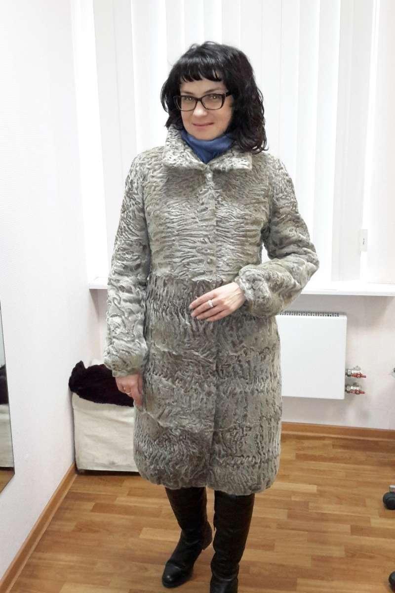 Пальто из каракуля