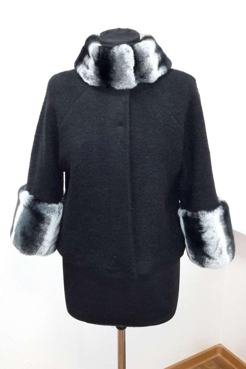 Воротник и манжеты (кролик рекс под шиншиллу) на пальто из ткани