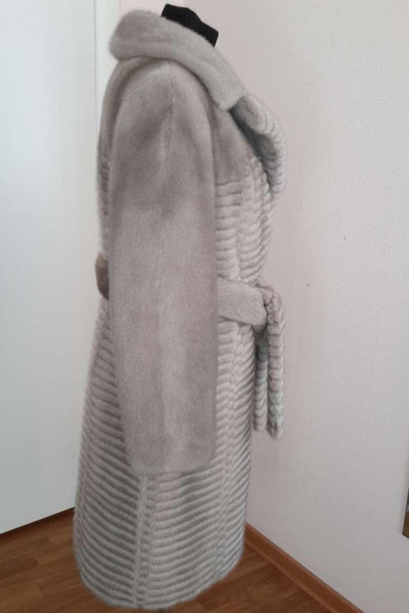 Пальто из норки серо-голубой