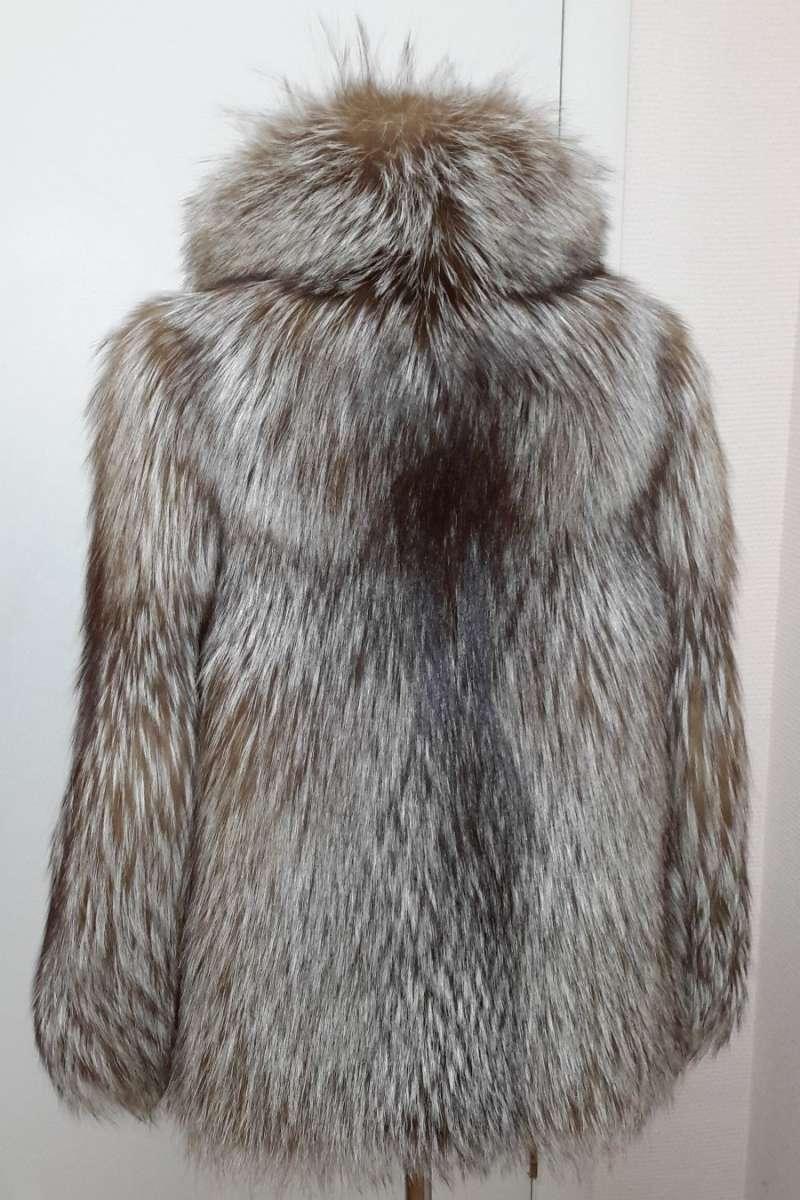 Пальто из лисицы, перфорация
