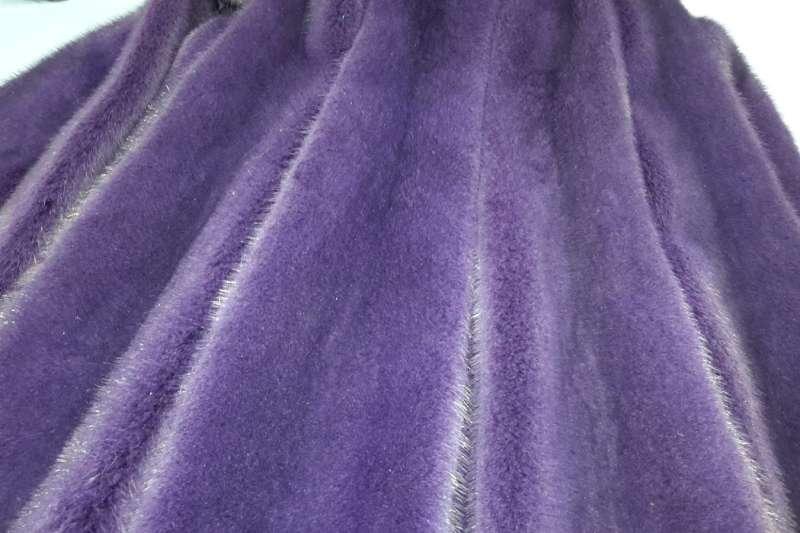 Норка крашенная в фиолетовый цвет