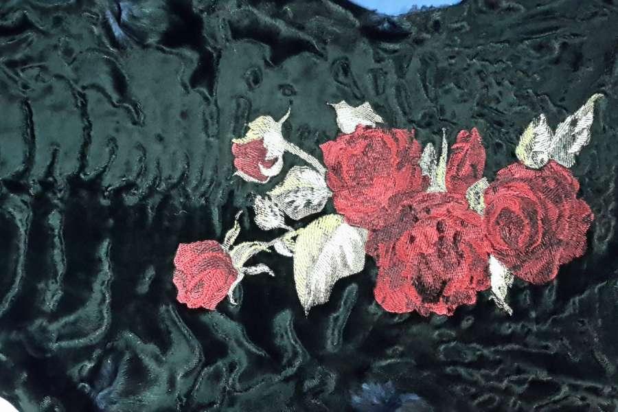 Каракуль с декоративной обработкой Каракульча черная с вышивкой